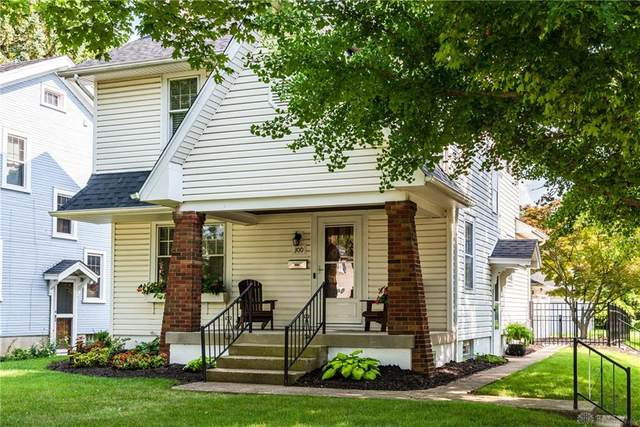 300 Hadley Avenue, Oakwood, OH 45419 (MLS #844417) :: The Westheimer Group
