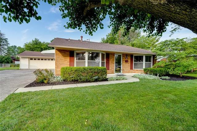 1877 Bordeaux Drive, Fairborn, OH 45324 (MLS #844835) :: The Westheimer Group