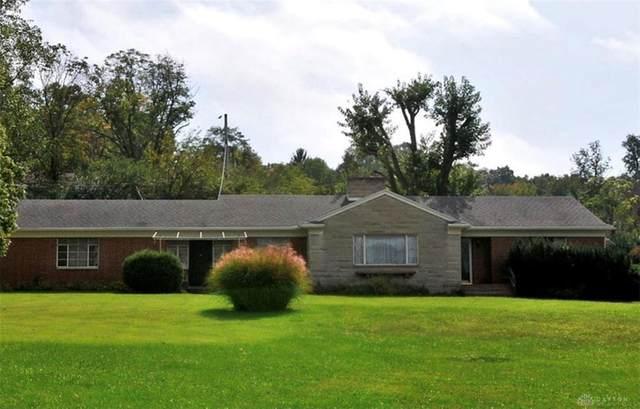 660 W Dorothy Lane, Kettering, OH 45419 (MLS #845249) :: The Gene Group