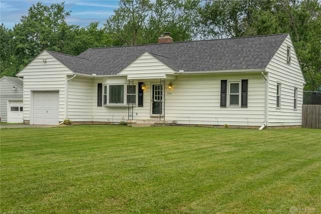 3866 Shadeland Avenue, Beavercreek, OH 45432 (MLS #845530) :: Bella Realty Group