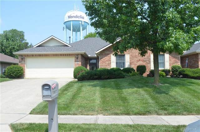 425 E Meadowview Court, Vandalia, OH 45377 (MLS #845610) :: The Swick Real Estate Group