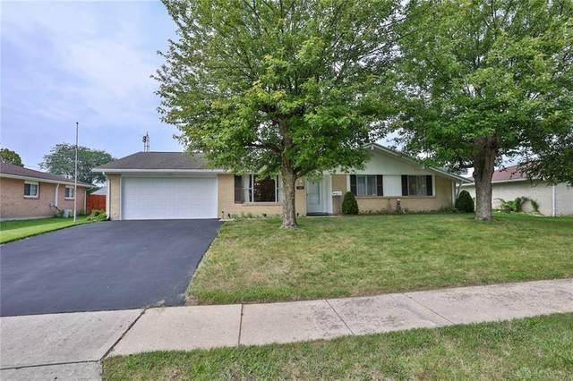 1027 Derringer Drive, Englewood, OH 45322 (#845856) :: Century 21 Thacker & Associates, Inc.