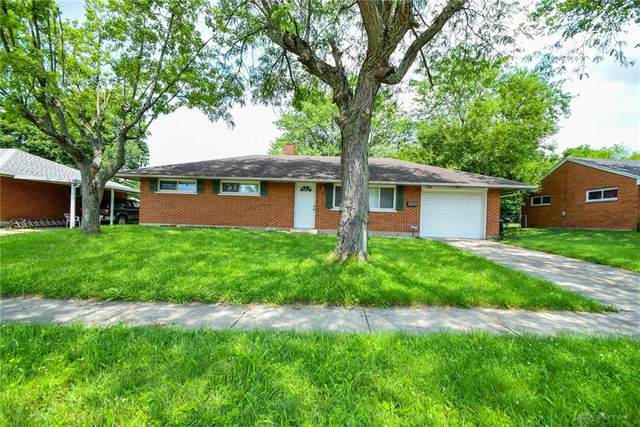 5224 Pepper Drive, Huber Heights, OH 45424 (MLS #845969) :: The Gene Group