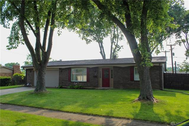602 Village Court, Englewood, OH 45322 (MLS #846058) :: The Gene Group