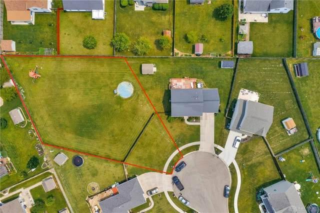 4588 Pimlico Place, Huber Heights, OH 45424 (MLS #846946) :: The Westheimer Group