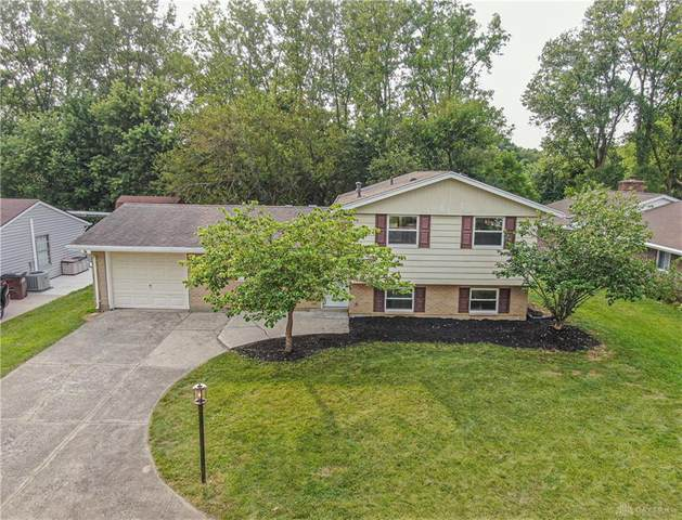 5227 Wakefield Drive, Mad River Township, OH 45324 (MLS #847158) :: The Westheimer Group