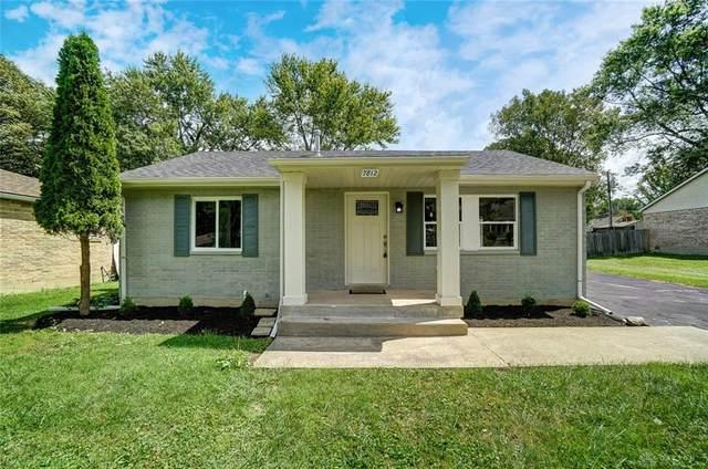 7812 Irvington Avenue, Clayton, OH 45415 (MLS #847787) :: The Gene Group