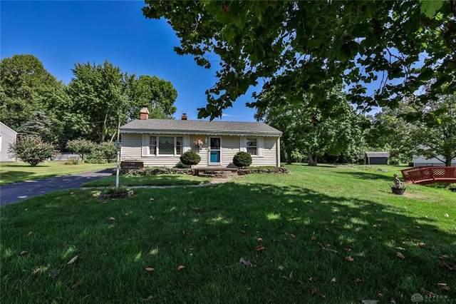 402 Greenacres Drive, Springfield, OH 45504 (#848074) :: Century 21 Thacker & Associates, Inc.