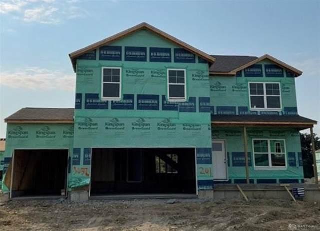 3032 Burr Oak Drive, Huber Heights, OH 45424 (#849646) :: Century 21 Thacker & Associates, Inc.