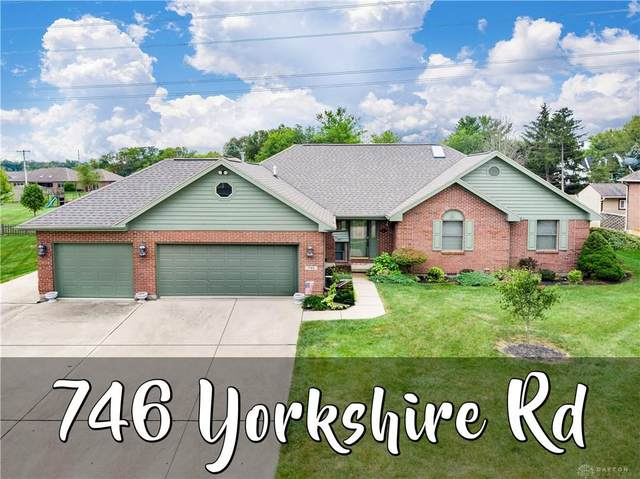 746 Yorkshire Road, Tipp City, OH 45371 (MLS #849937) :: The Gene Group