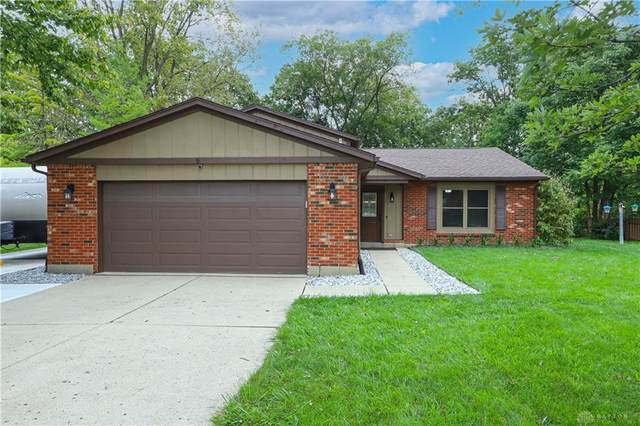 7750 Leatherback Court, Butler Township, OH 45414 (MLS #850030) :: The Gene Group