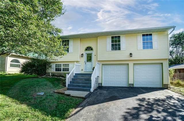 411 Suncrest Drive, Yellow Springs Vlg, OH 45387 (#850366) :: Century 21 Thacker & Associates, Inc.