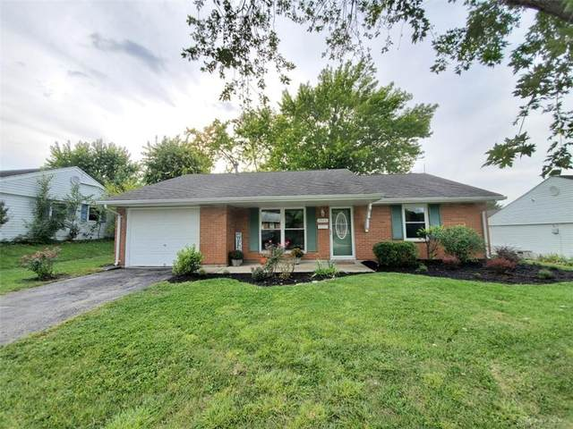 3915 Sparkhill Drive, Mad River Township, OH 45323 (MLS #850915) :: The Westheimer Group