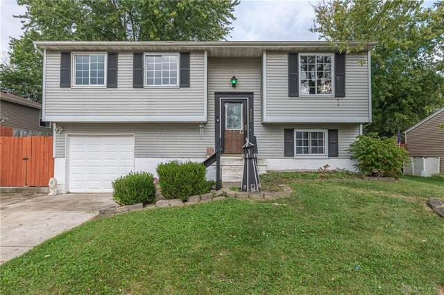 3090 Pinnacle Park Drive, Moraine, OH 45439 (#851140) :: Century 21 Thacker & Associates, Inc.