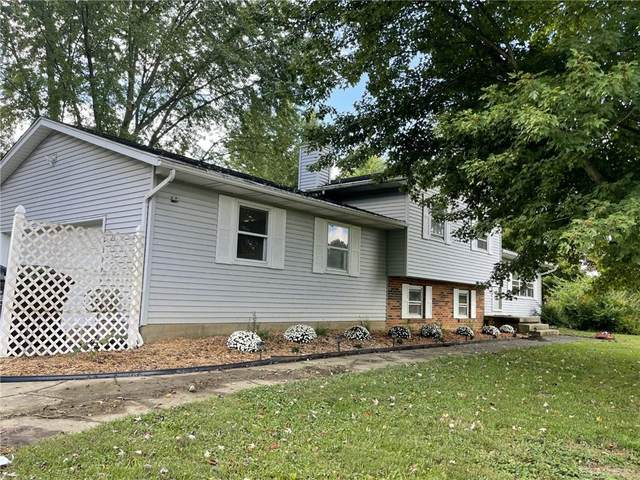 8101 W National Road, New Carlisle, OH 45344 (MLS #851293) :: The Gene Group