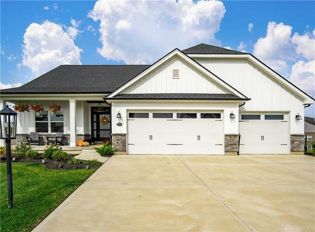 1235 Champion Way, Centerville, OH 45458 (MLS #851401) :: The Westheimer Group
