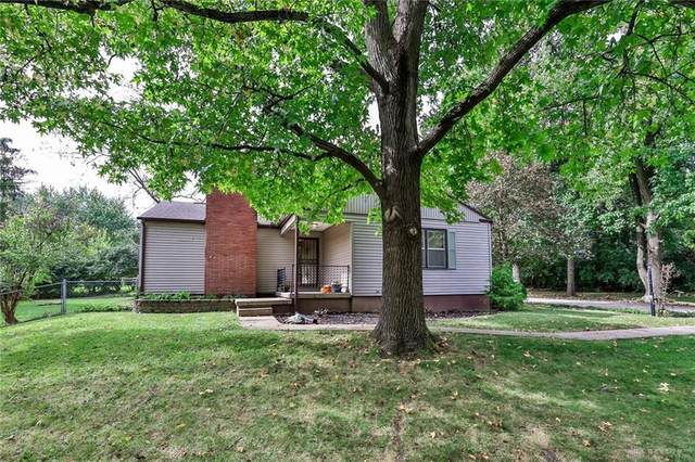717 Woodlawn Avenue, Englewood, OH 45322 (MLS #851420) :: The Gene Group
