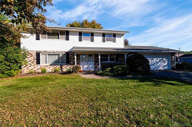 1151 Mint Springs Drive, Fairborn, OH 45324 (MLS #851729) :: The Westheimer Group