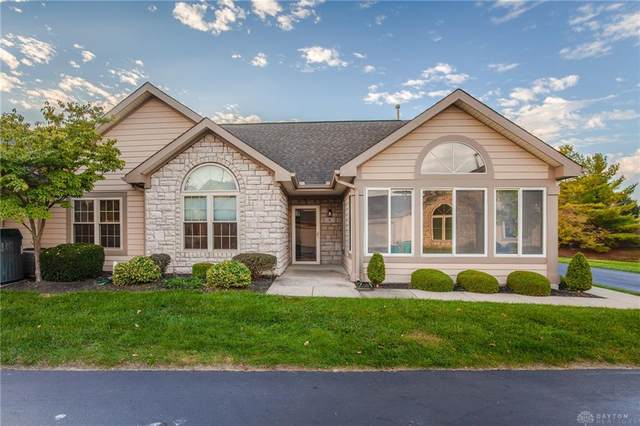 9 Villa Pointe Drive, Springboro, OH 45066 (MLS #851768) :: The Westheimer Group