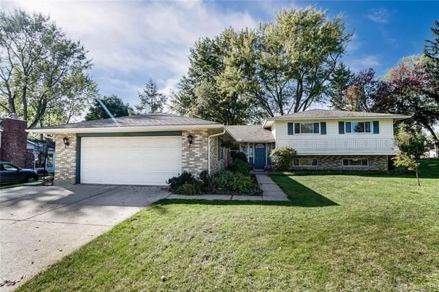 6111 Park Ridge Drive, Centerville, OH 45459 (MLS #851820) :: The Westheimer Group
