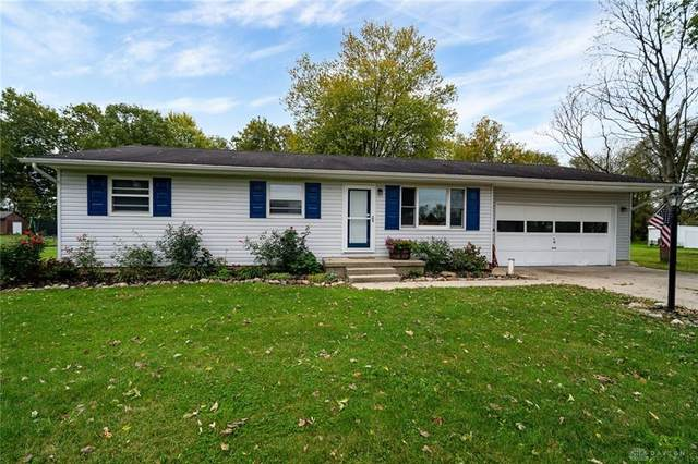 30 Woodhaven Lane, Troy, OH 45373 (MLS #851901) :: The Westheimer Group