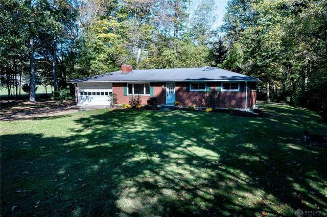 3032 Sears Road, Spring Valley Twp, OH 45370 (MLS #852037) :: The Gene Group