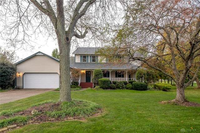 2355 Colony Trail, Beavercreek Township, OH 45434 (MLS #852091) :: The Westheimer Group