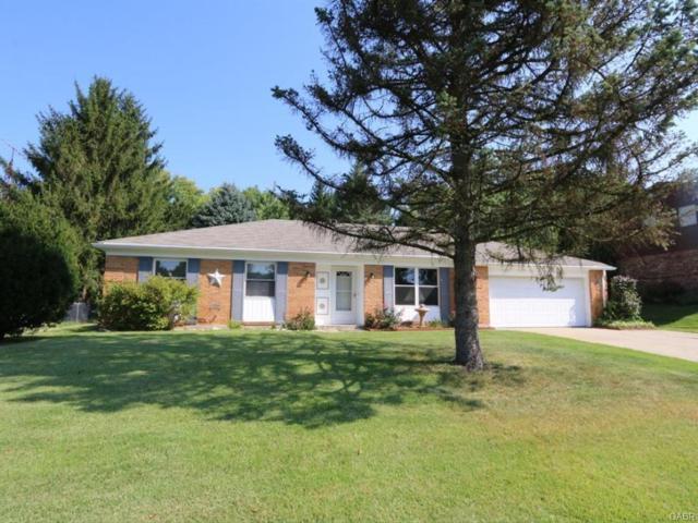 4159 Cedar Bluff Circle, Clayton, OH 45415 (MLS #745375) :: The Gene Group