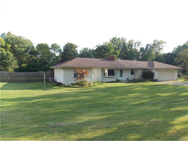 3899 Winthrop Drive, Beavercreek, OH 45431 (MLS #745529) :: The Gene Group