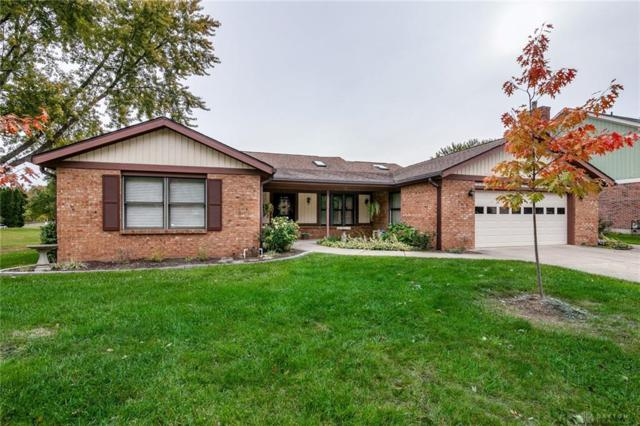 7232 Pineview Drive, Englewood, OH 45322 (MLS #778571) :: The Gene Group