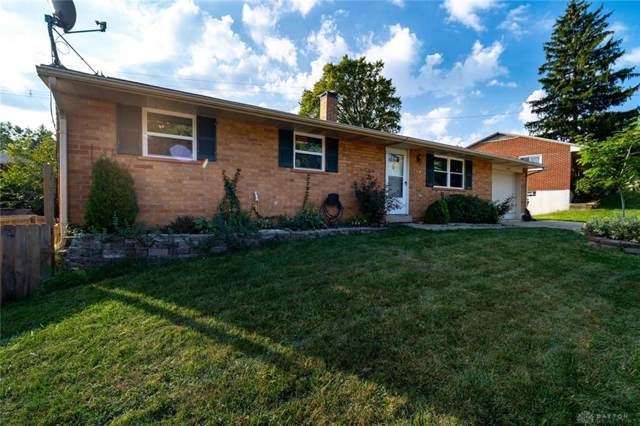 614 Maple Hill Drive, West Carrollton, OH 45449 (MLS #800998) :: The Gene Group
