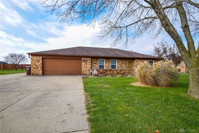 5740 Phillip Drive, Tipp City, OH 45371 (MLS #806241) :: Denise Swick and Company