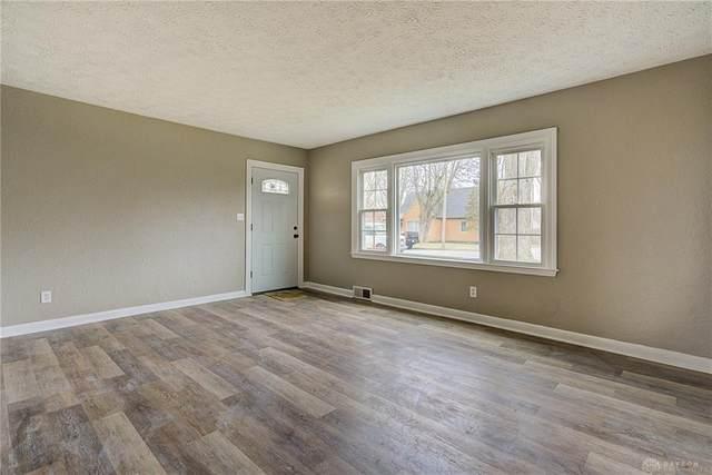 35 Overlook Street, Englewood, OH 45322 (MLS #809687) :: Denise Swick and Company