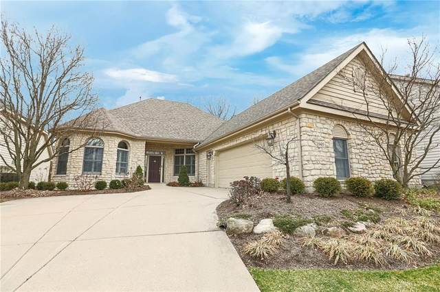 1040 Greenskeeper Way, Centerville, OH 45458 (MLS #812246) :: Denise Swick and Company