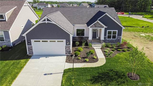 1136 Petrus Court, Clearcreek Twp, OH 45458 (MLS #813609) :: Candace Tarjanyi | Coldwell Banker Heritage