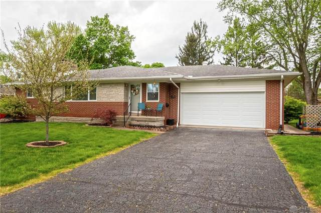 4191 Wood Acre Drive, Bellbrook, OH 45305 (MLS #816205) :: The Gene Group