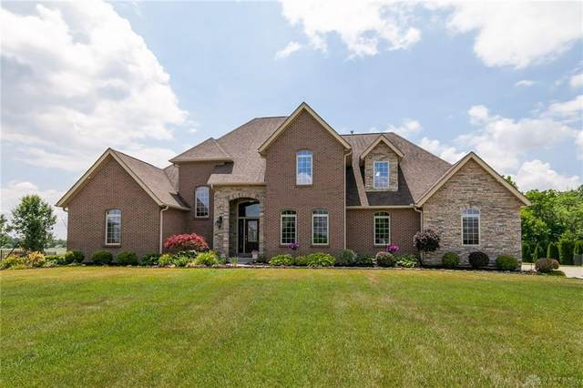 673 Sedgwick Way, Troy, OH 45373 (MLS #818861) :: Denise Swick and Company