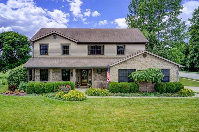 945 Golden Beech Drive, Brookville, OH 45309 (MLS #819963) :: Denise Swick and Company