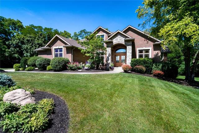 7988 Country Brook Court, Springboro, OH 45066 (MLS #820453) :: The Westheimer Group