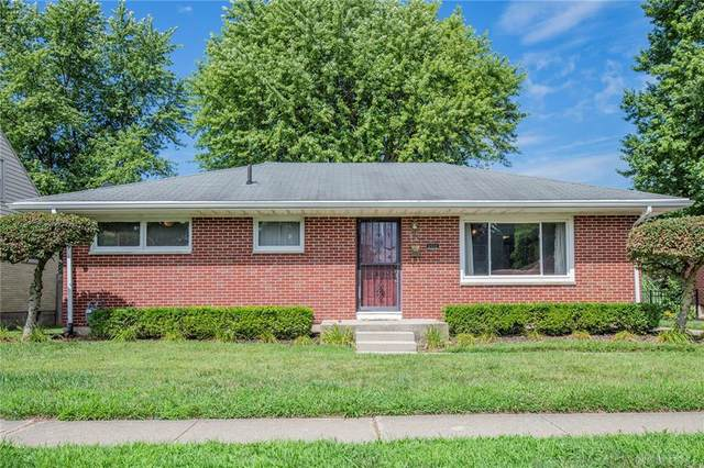 4561 W Ridgewood Road, Springfield, OH 45503 (MLS #822688) :: Denise Swick and Company