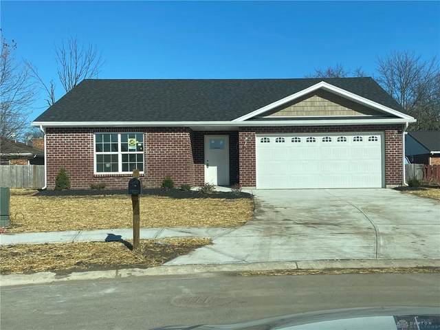 2001 Waynedale Court, Middletown, OH 45044 (MLS #823245) :: The Westheimer Group