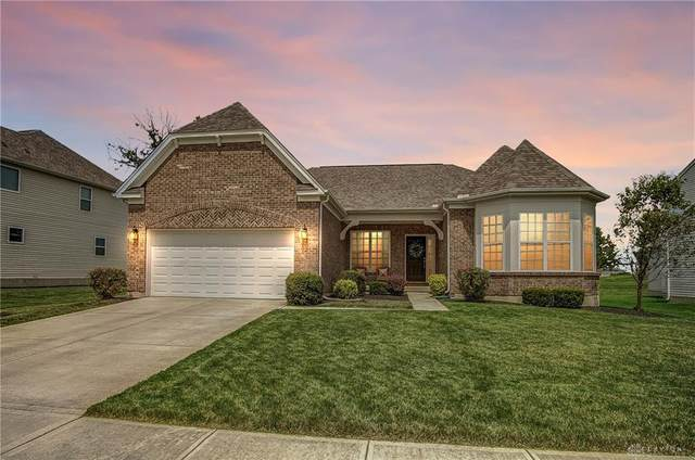 2625 Sunset Maple Drive, Tipp City, OH 45371 (MLS #823362) :: Denise Swick and Company