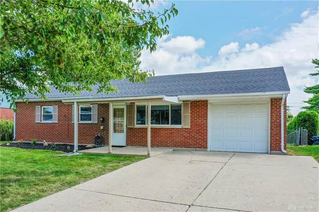 309 Lutz Drive, Englewood, OH 45322 (MLS #824399) :: The Westheimer Group