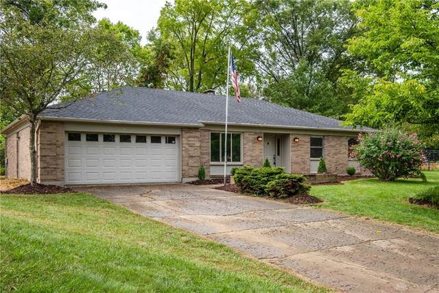 932 Tammy Circle, Dayton, OH 45415 (#824681) :: Century 21 Thacker & Associates, Inc.