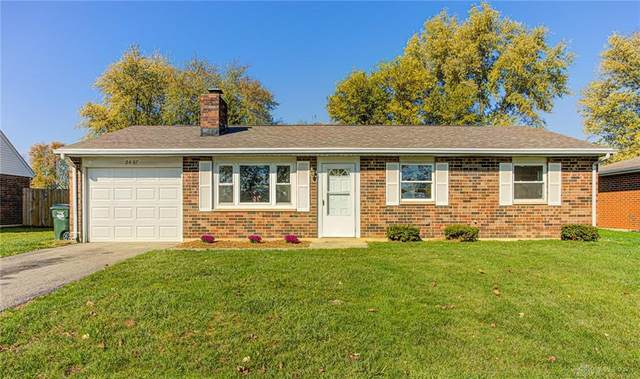 2407 Waterford Drive, Troy, OH 45373 (MLS #825994) :: The Westheimer Group