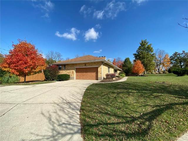 3299 Hillpoint Lane, Dayton, OH 45414 (MLS #828082) :: Denise Swick and Company