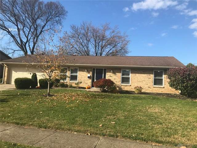1139 Park Forest Drive, Vandalia, OH 45377 (MLS #829585) :: The Westheimer Group