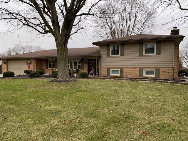 125 Royal Oak Drive, Greenville, OH 45331 (MLS #831905) :: Denise Swick and Company