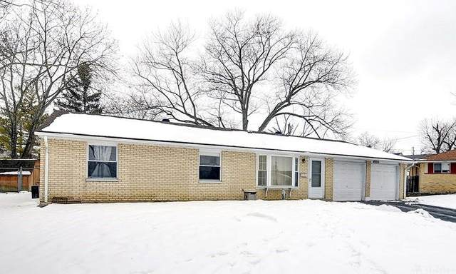 1004 Brian Court, Englewood, OH 45322 (MLS #834048) :: Denise Swick and Company