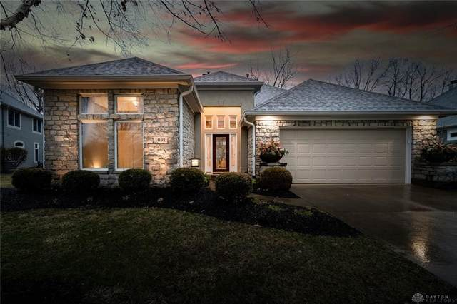 1091 Wedge Creek Place, Centerville, OH 45458 (MLS #835427) :: The Westheimer Group
